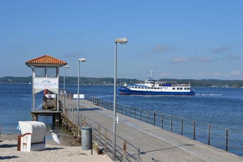 Fähre nach Flensburg am Kurstrand