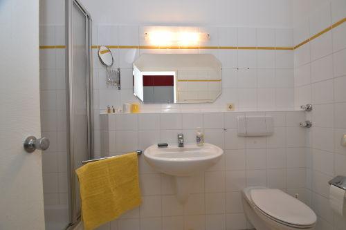 Helles und freundliches Bad/WC