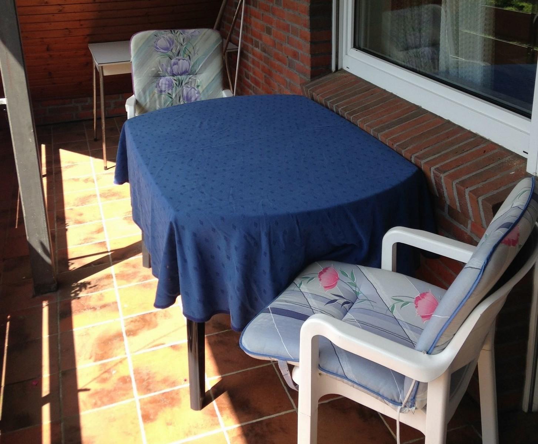Loggia mit Sitzmöbeln