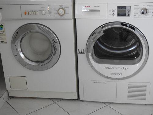 Bad - Waschmaschine/Trockner