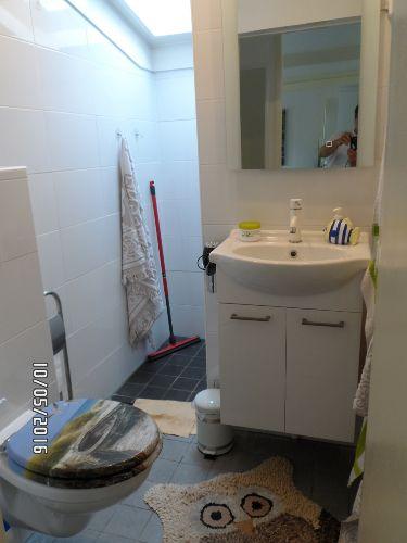 Bad-Toilette-Dusche
