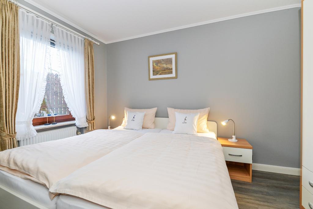 landhaus m rs wohnung 1 bungalow in sylt westerland schleswig holstein objekt 80946. Black Bedroom Furniture Sets. Home Design Ideas