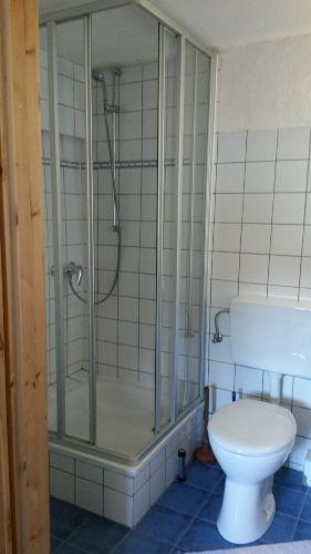 Dusche/WC und..