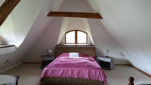 Schlafen im Giebelzimmer