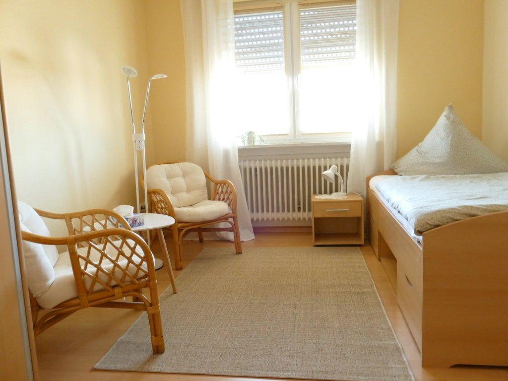 Jugendzimmer / Einbettzimmer