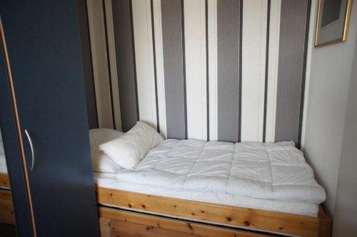 Das Schlafzimmer 1 &