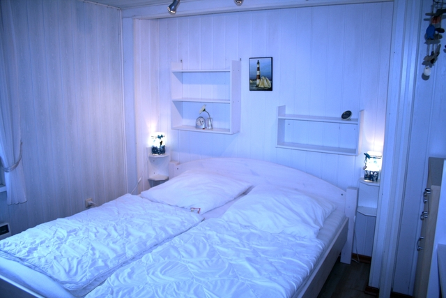 bungalow am boiensdorfer werder f 200 2 raum bungalow mit. Black Bedroom Furniture Sets. Home Design Ideas