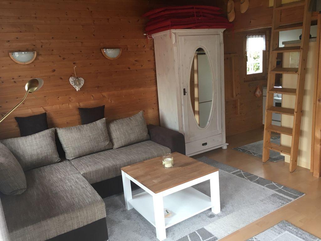 Sitzecke, Küche, Ausziehtreppe Schlafboden
