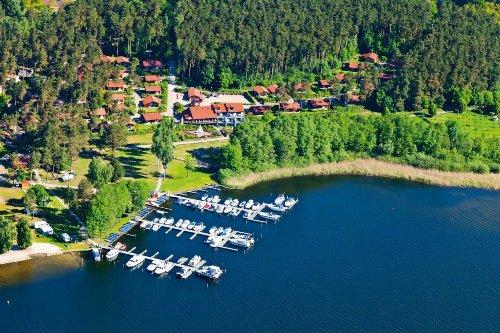 Ferienanlage und Yachthafen Maribell
