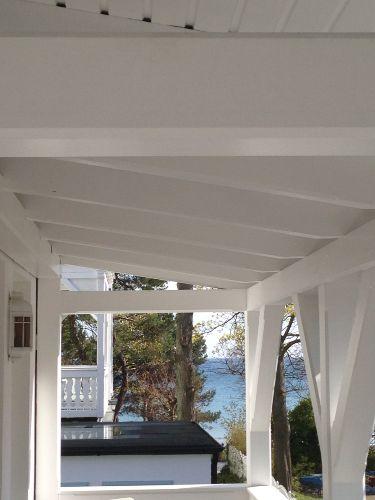 Ein kleiner Seeblick vom Balkon
