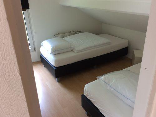 Oben 3 Schlafzimmers, Betten 90x200 cm
