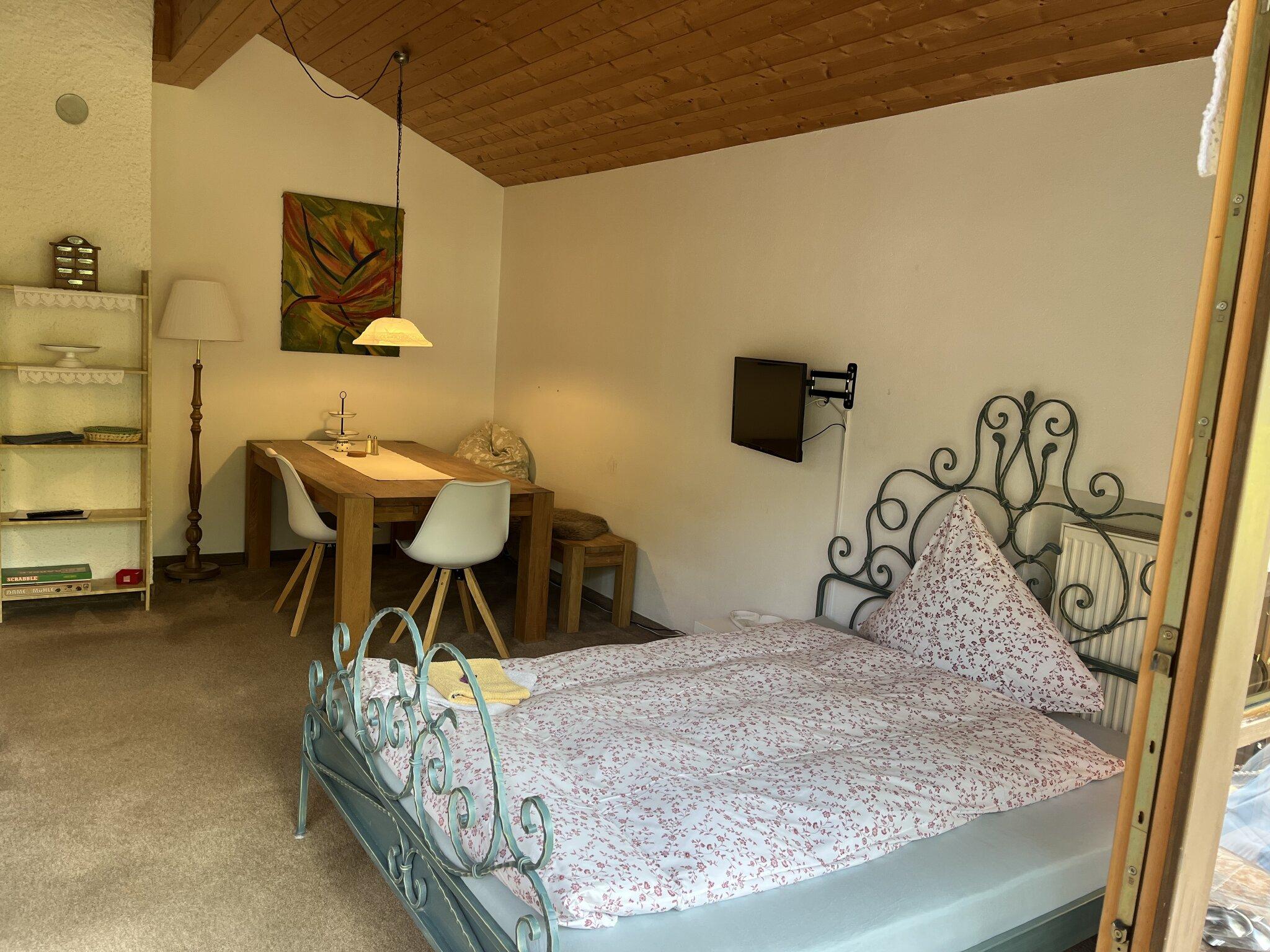 Apartment: Bad mit Dusche und WC