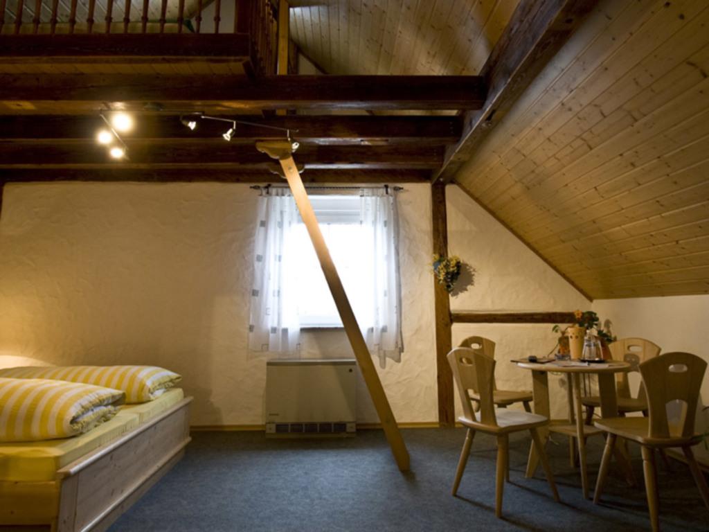 G�stehaus Spoth, Vierbettzimmer Nr. 1, Dusche-WC '