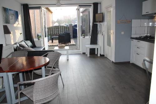 Wohnzimmer mit Franz�sisch T�ren zum Gar
