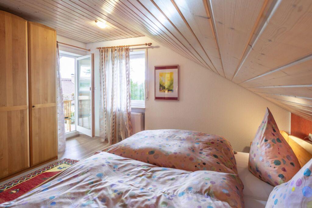 haus ahorn 2 zimmer nr ferienwohnung 75qm max 4 pers in bad d rrheim baden w rttemberg. Black Bedroom Furniture Sets. Home Design Ideas