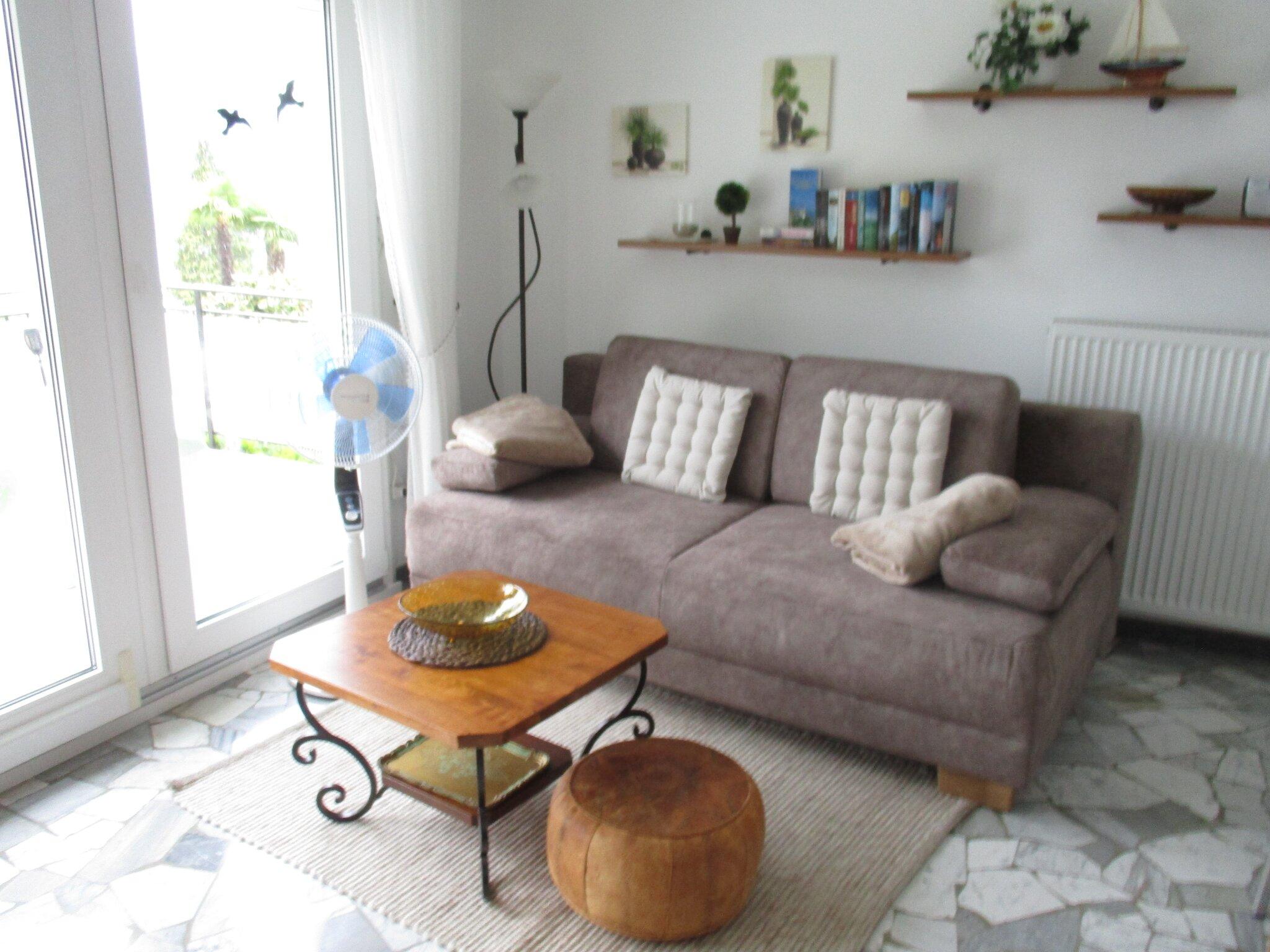 Sitzmöglichkeiten im Wohnzimmer (2)