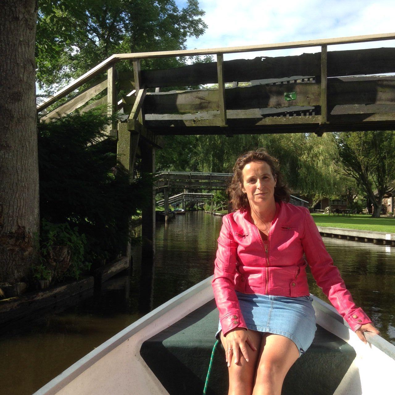 Ihre Vermieterin Frau Esther de Korte stellt sich vor