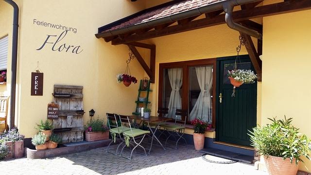 Ferienwohnung Flora und Gästezimmer Fauna, Ferienw