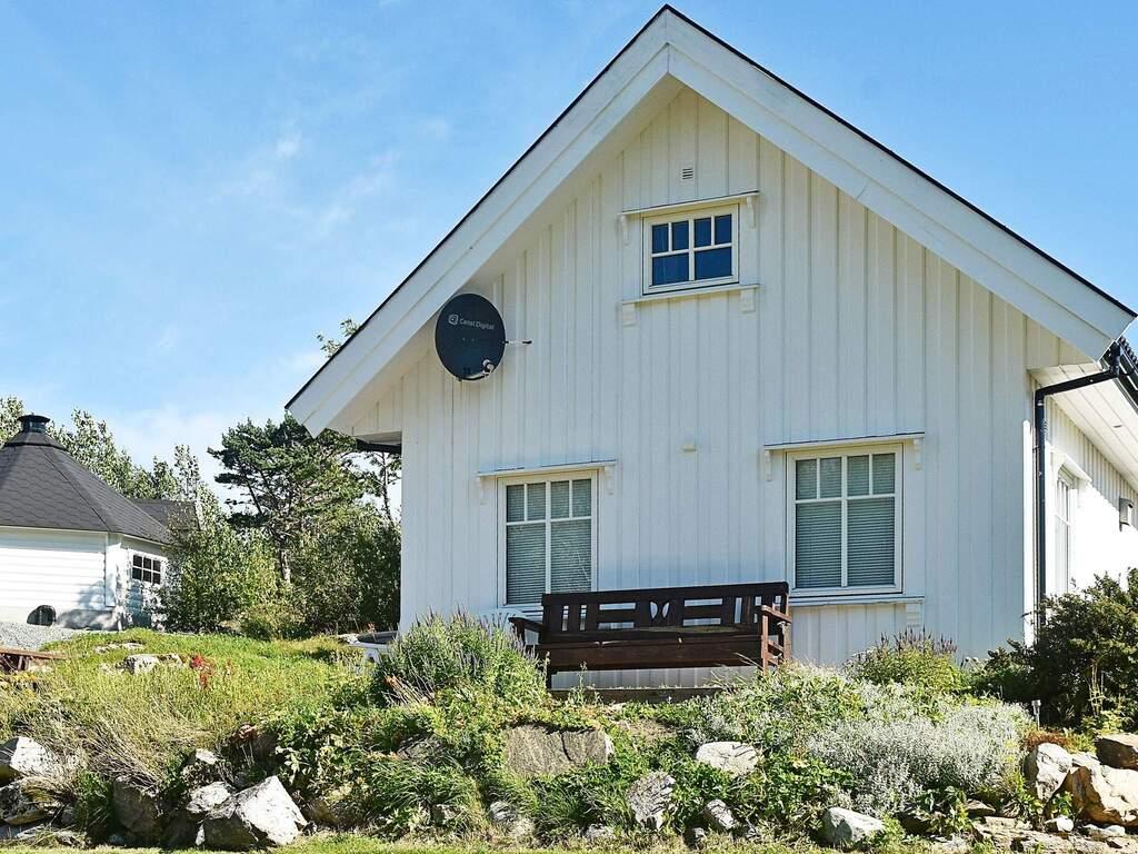 Zusatzbild Nr. 03 von Ferienhaus No. 67700 in Oksvoll
