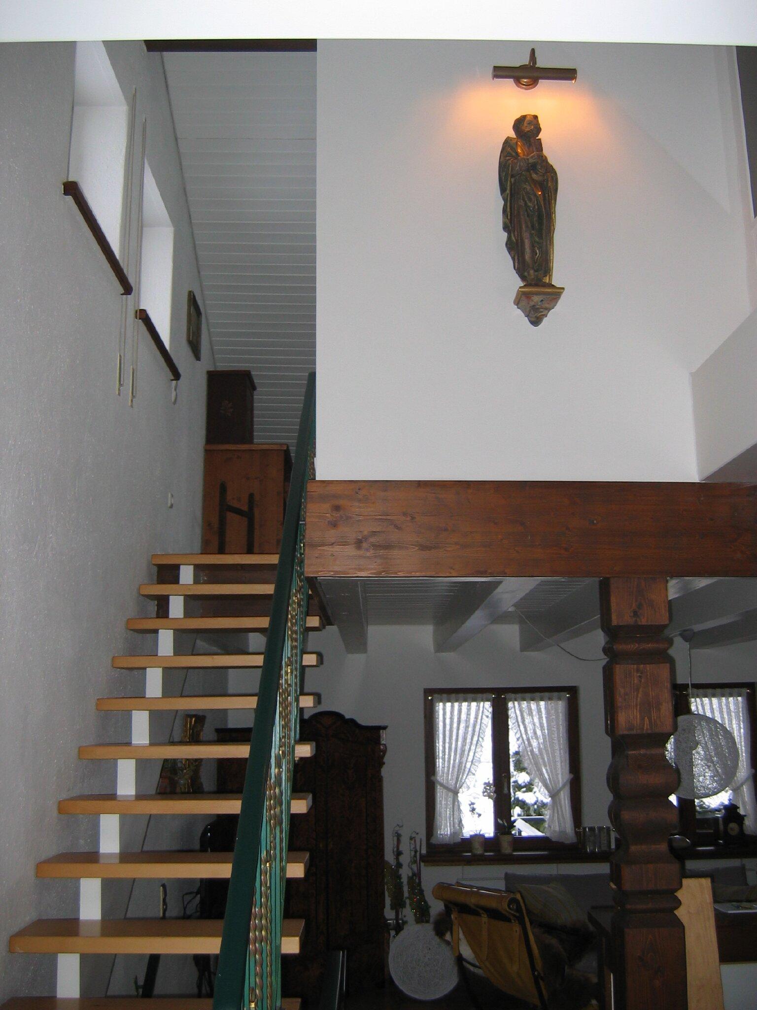Stilvolles Wohnzimmer, modern und antik