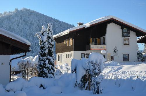 Gegenüber Café Sonnenstüble im Winter