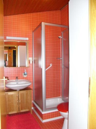 Waschen, Duschen, Z�hneputzen und ......