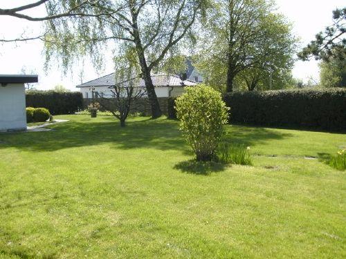 Gartenteil Liege - und Spielwiese