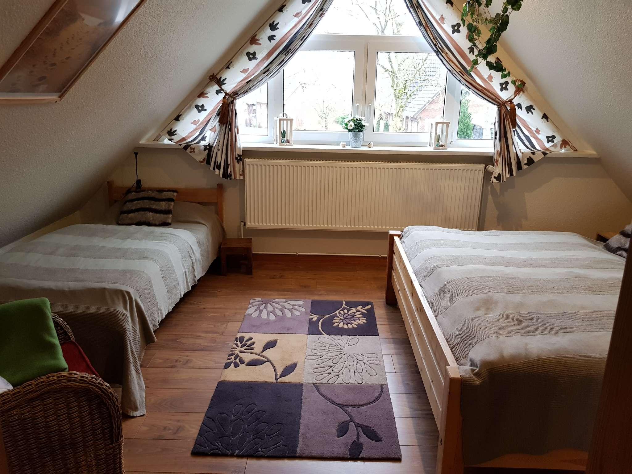 Kleine Sitzecke im oberen Schlafzimmer