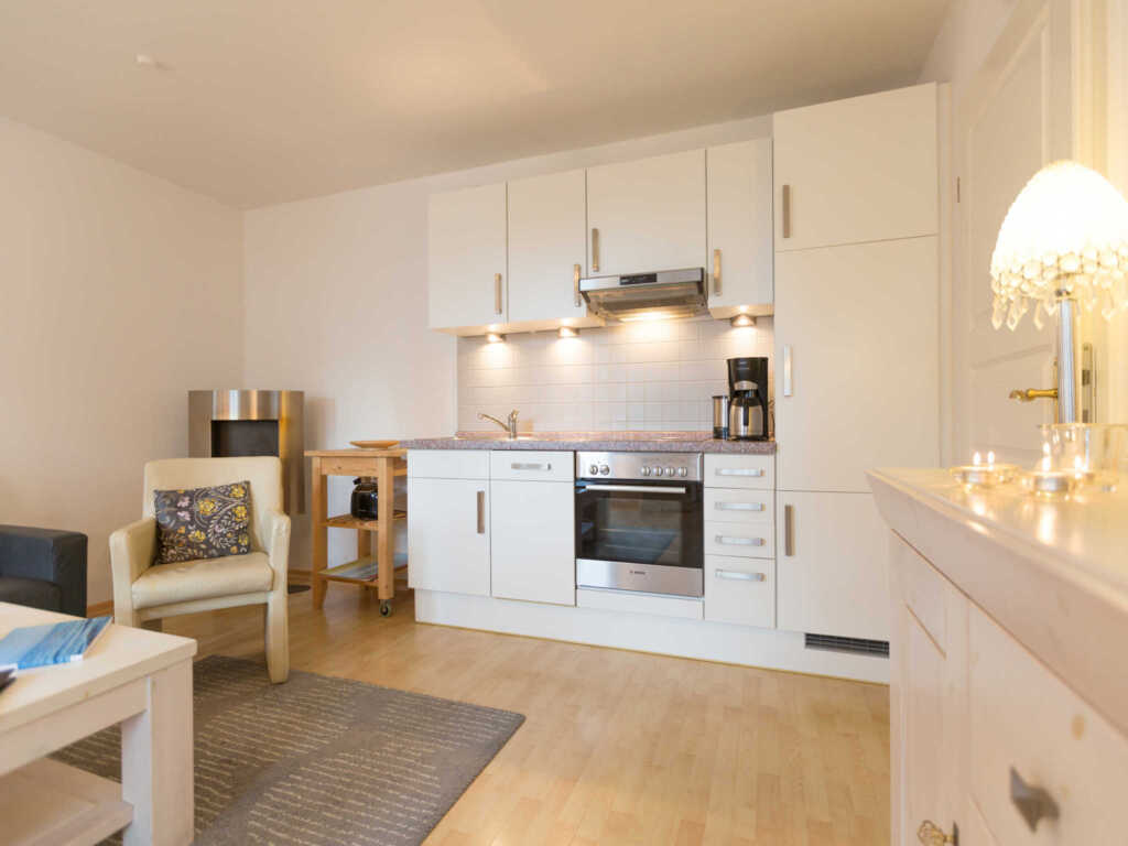 haus auf dem h gel die klassische h gel wohnung 2 in heringsdorf seebad mecklenburg. Black Bedroom Furniture Sets. Home Design Ideas