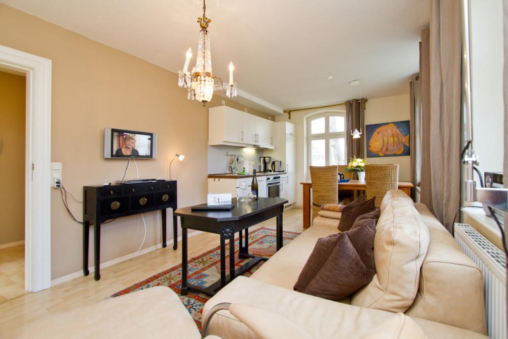 haus auf dem h gel die klassische h gel wohnung 1 in heringsdorf seebad mecklenburg. Black Bedroom Furniture Sets. Home Design Ideas