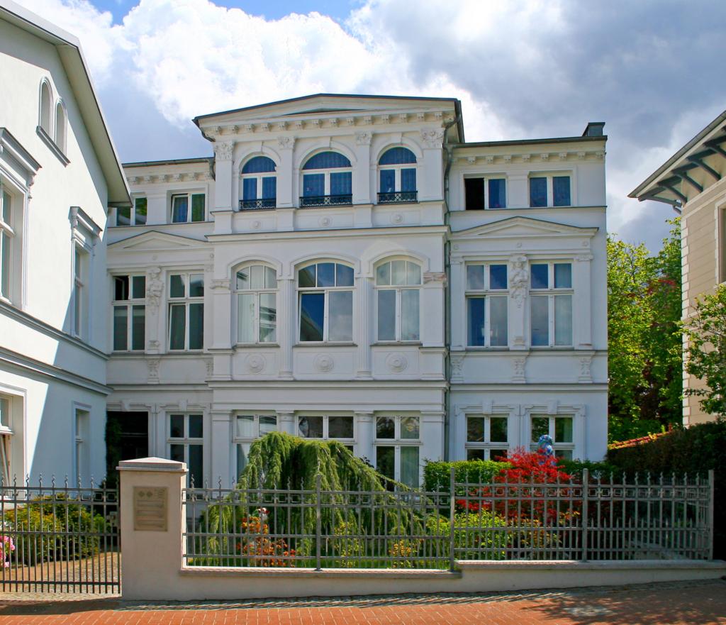 Villa Schütz, Schütz 2