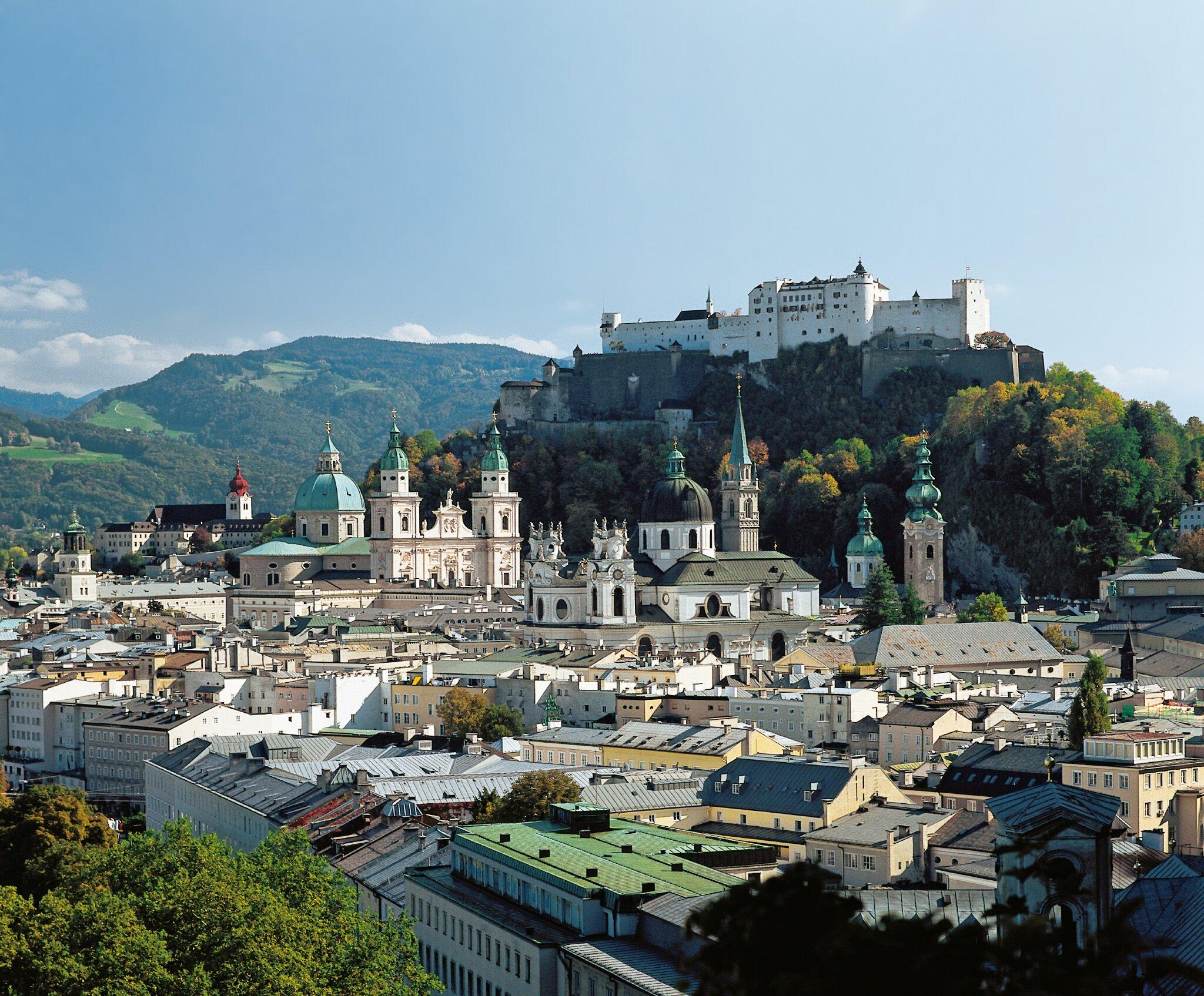 Weltbekannte Ausfl�ge: zB Stadt Salzburg