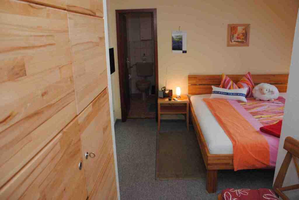 Ferienhof Feil, Doppelzimmer Nr. 3