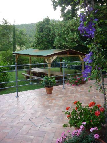 Unser schöner Platanen-Holztisch