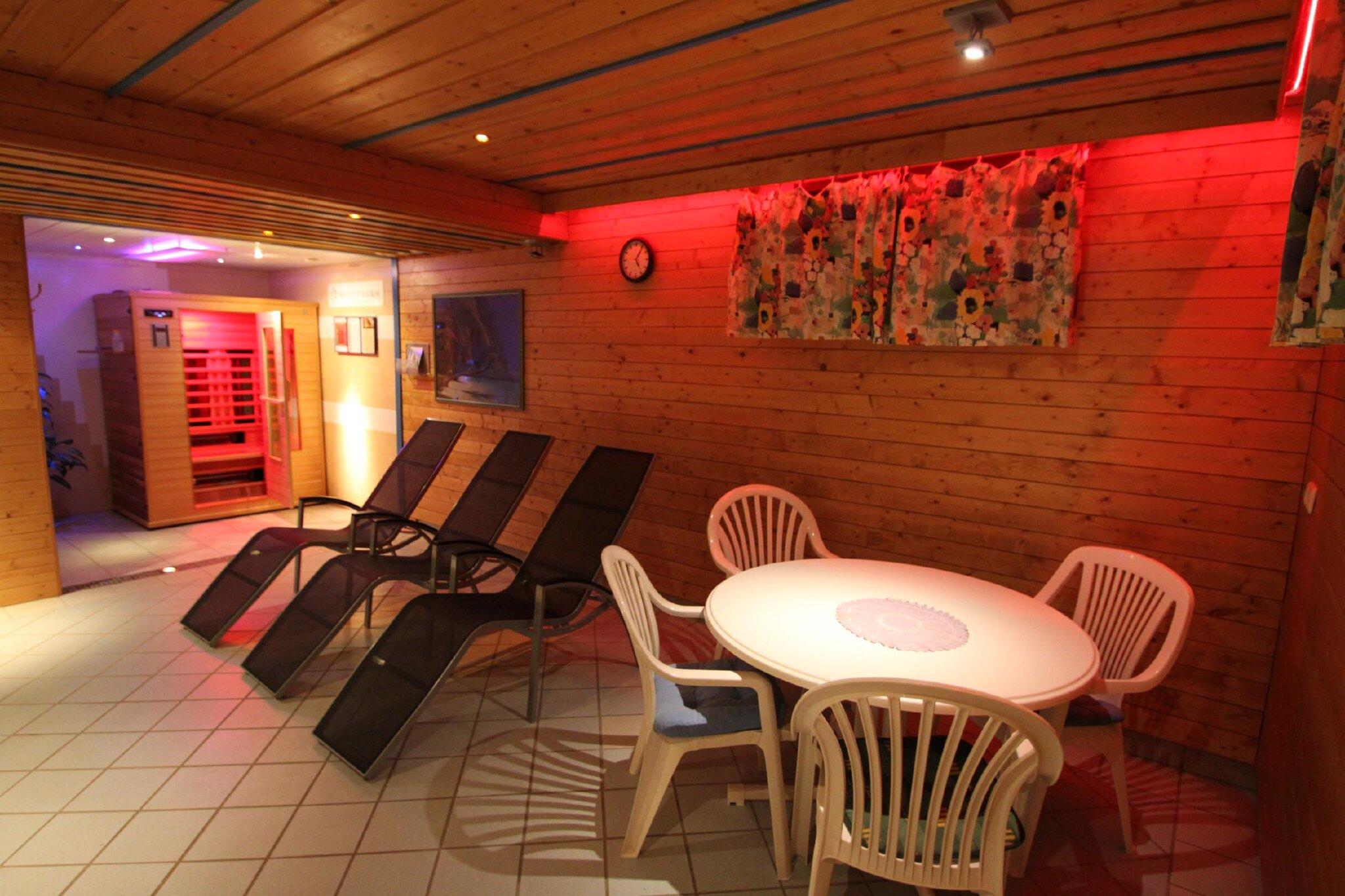 Frei: Sauna, Wellnessbereich