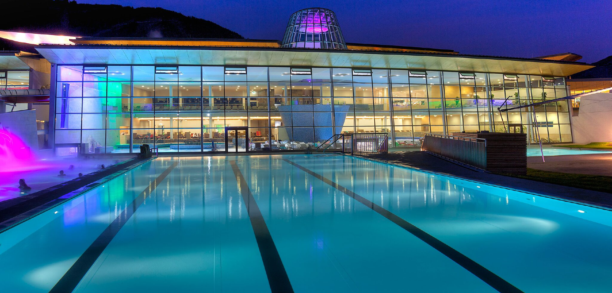 Therme, Badesee, FunPark, Wanderguides,