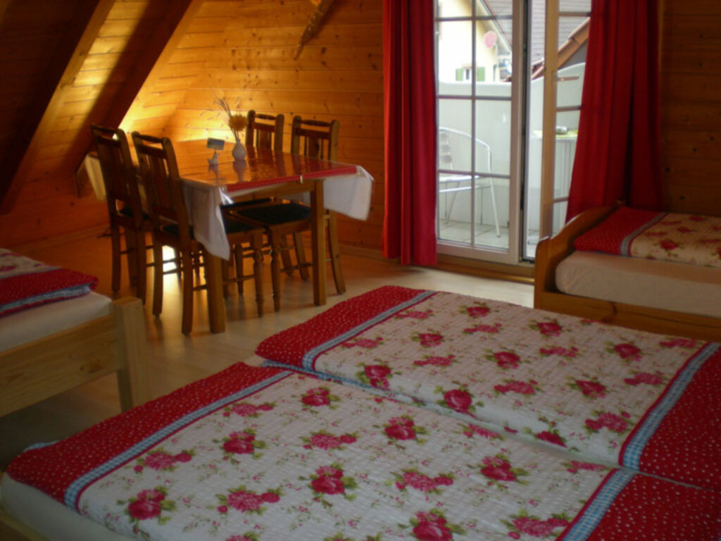 Gästehaus Winkler, NR-Mehrbettzimmer, 35 qm, WC un
