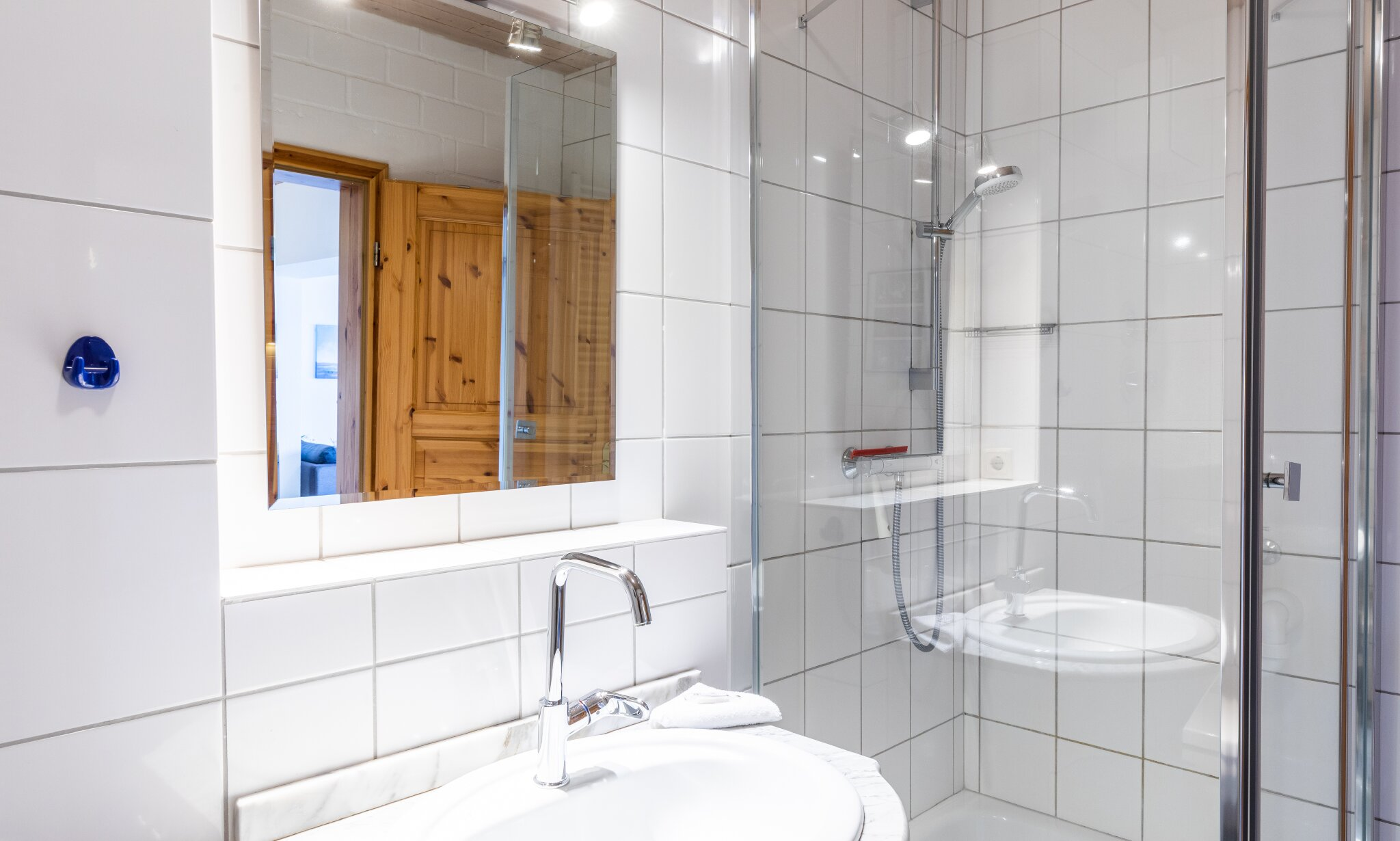 Grünfläche vor der Werft
