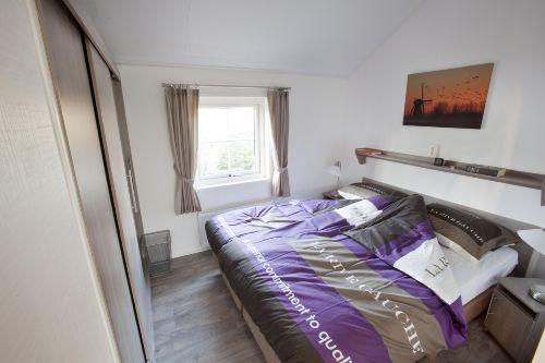 Schlafzimmer 1 (2 Personen)