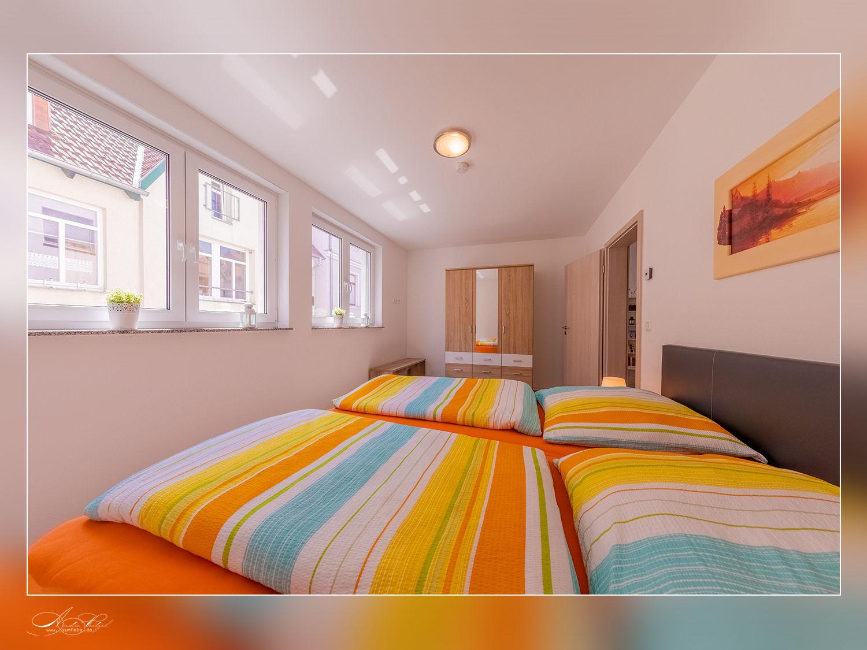 1.Schlafzimmer mit Doppelbett