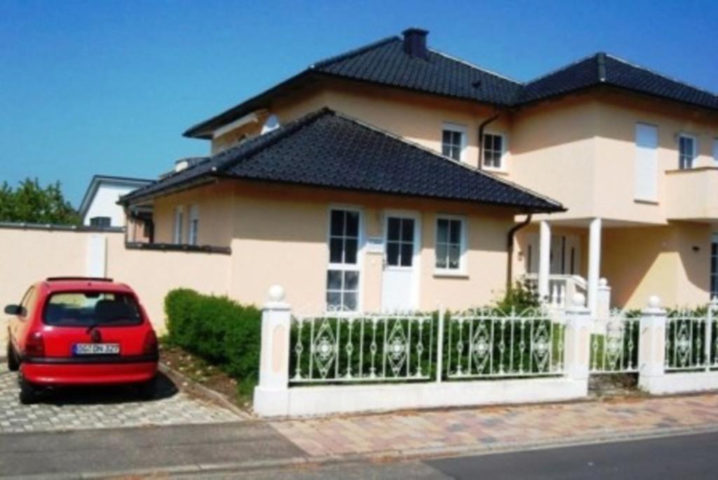 Gästehaus -Ferienwohnung Tante Tienchen, Vierbettz