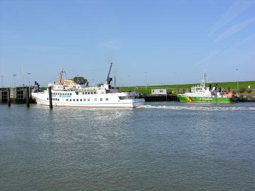 Schifffahrten nach Helgoland