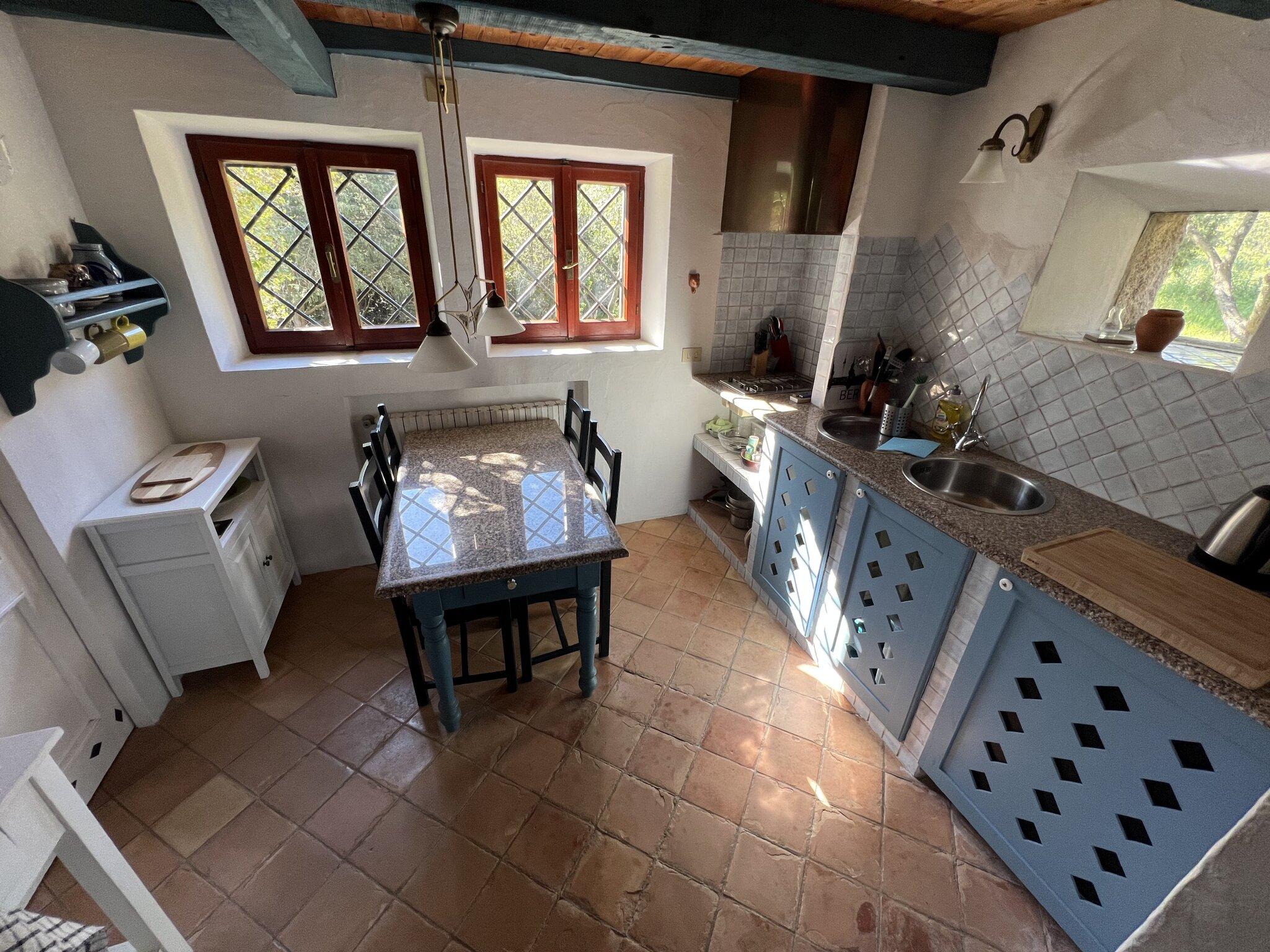 Einzelbett auf der Schlafempore