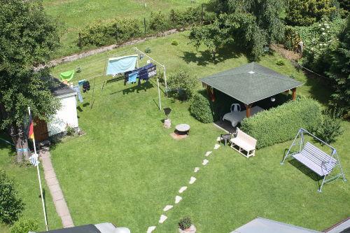 Grillecke mit Gartenpavillon