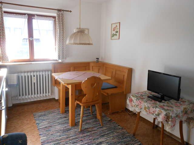 Haus Alpina Ferienwohnungen, Ferienwohnung L�wenza