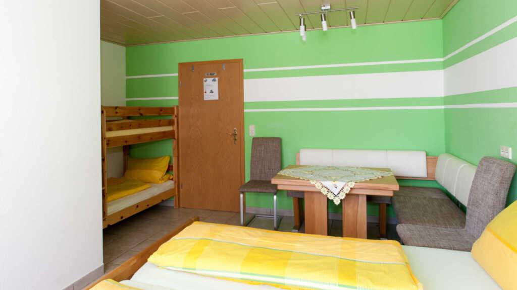 Gästehaus Bernd Schiff, Vierbettzimmer mit WC und