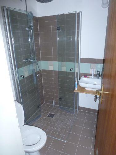 Bild 2, bodengleiche Dusche