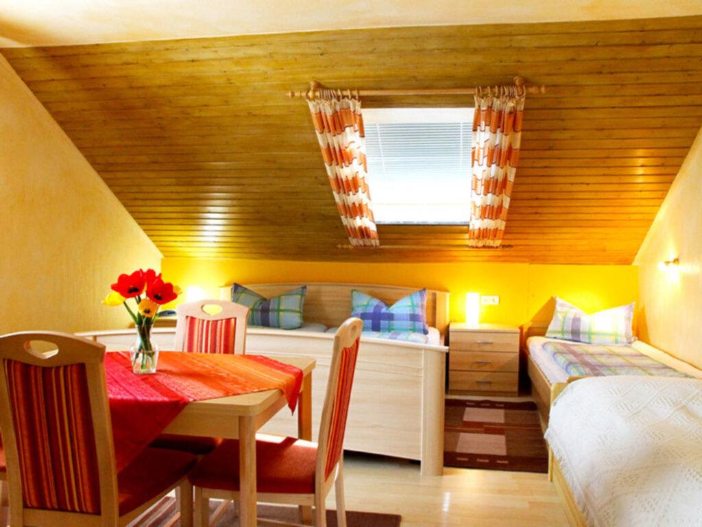 G�stehaus Kalt, Vierbettzimmer mit WC und Dusche