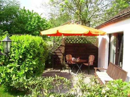 Gro�er Garten mit Teichanlage