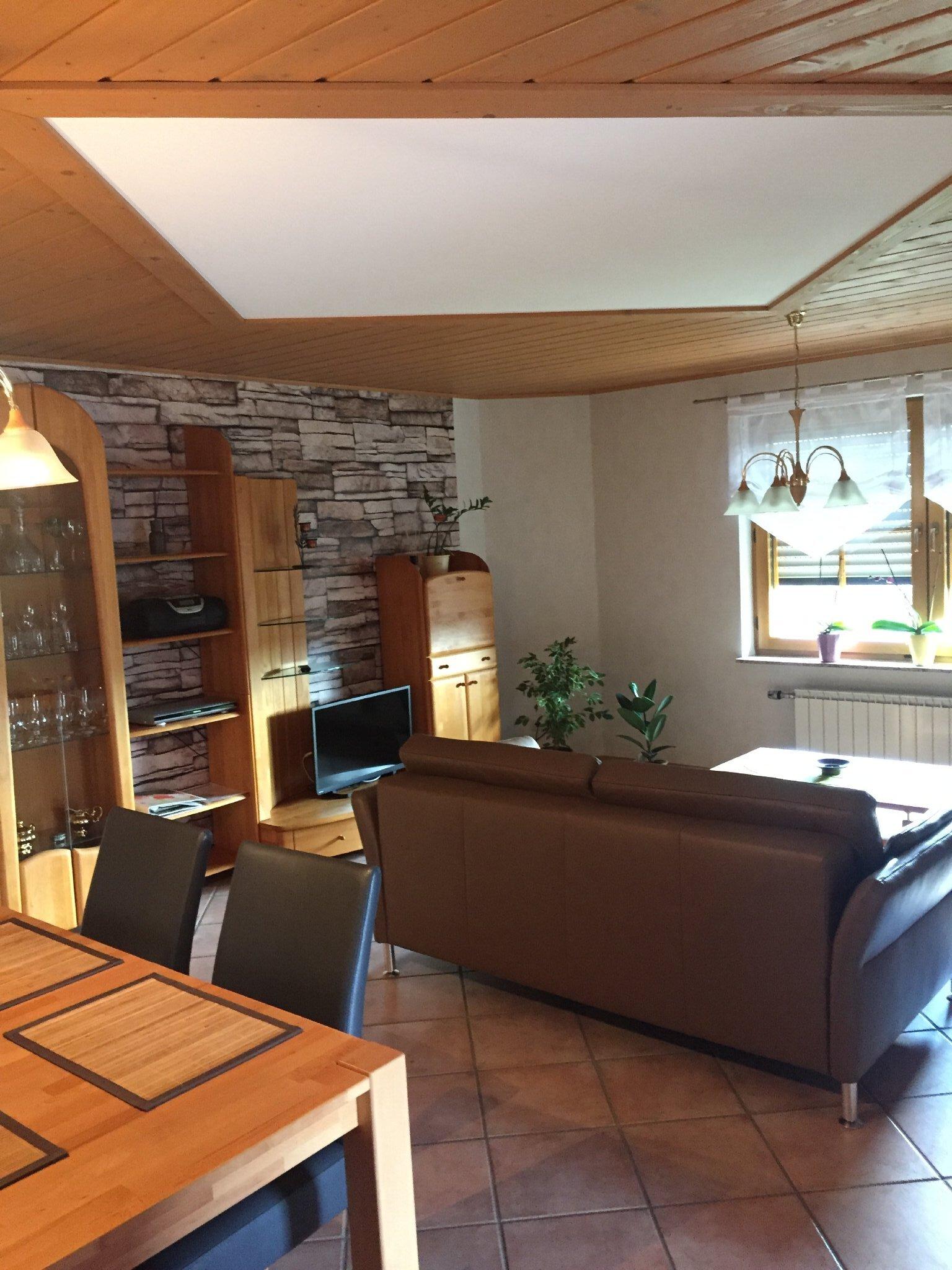 Wohnküche mit Zugang Terrasse